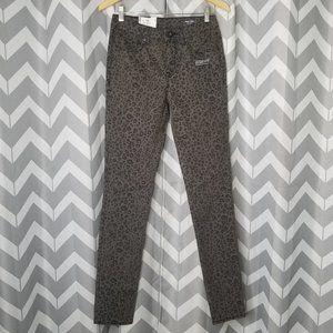 NWT VOLCOM gray cheetah print skinny jeans